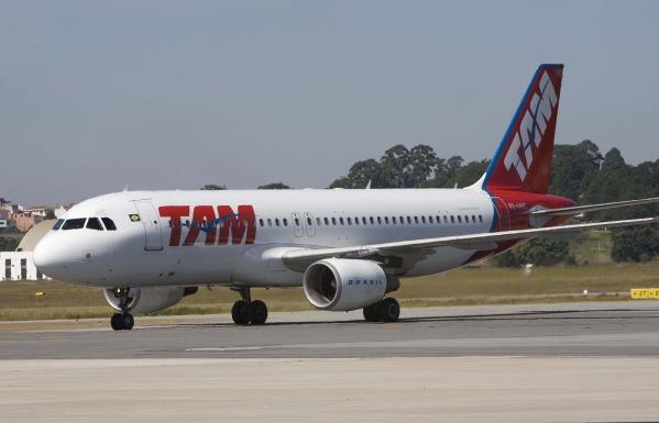 Avión TAM