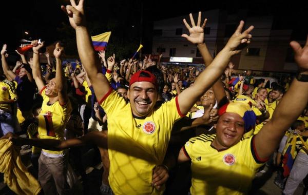 Saben padres colombianos del pecado de juventud de sus hijas - 4 5